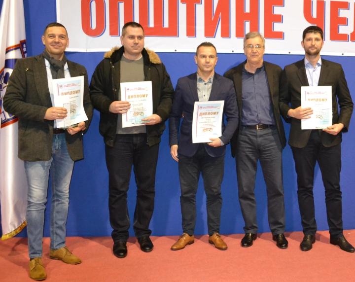 dobitnici posebnih priznnanja i direktor centra Zoran Kuzmanovic